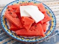 Рецепта Диня със сирене (саламурено или Фета)